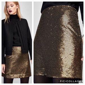 Massimo Dutti Aline Gold Sequin Mini Skirt - Small